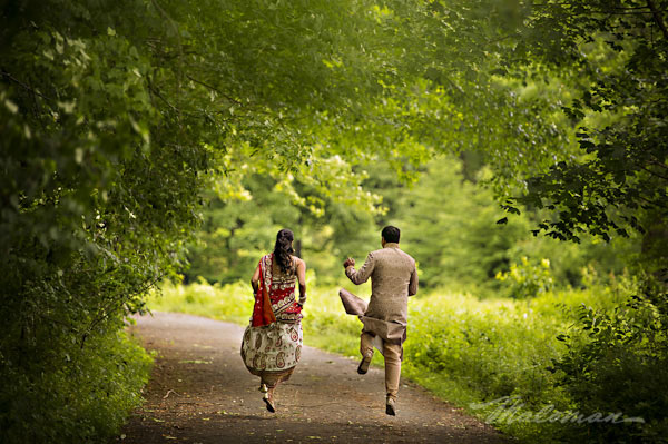 Indianweddingportraitsbrideandgroomspontaneous