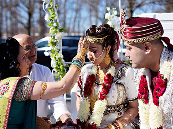 ceremony,Studio Nine Photography,traditional indian wedding dress,traditional indian wedding,indian wedding traditions,indian wedding traditions and customs,traditional hindu wedding,indian wedding tradition,indian wedding mandap
