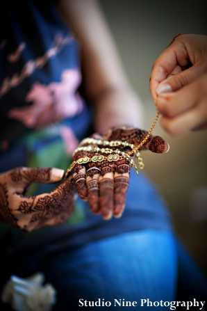 Indian-wedding-henna-and-necklace