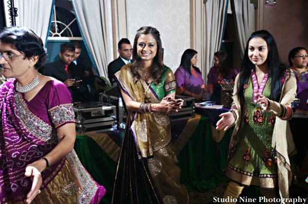 Indian-wedding-mehndi-entertainment-dancing