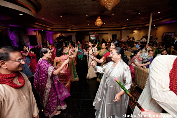 Indian-wedding-mehndi-entertainment