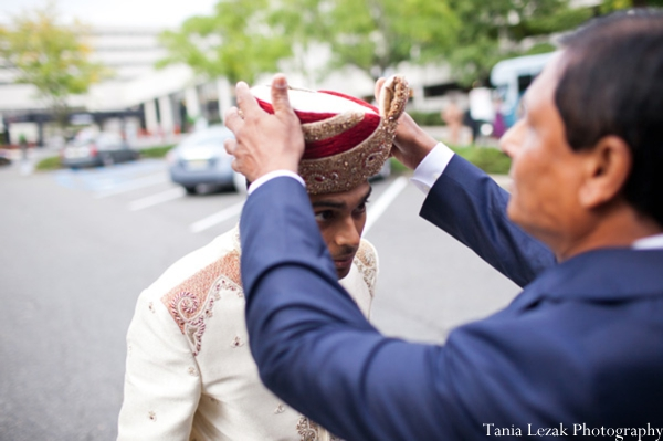 Indian-wedding-ceremony-baraat-groom