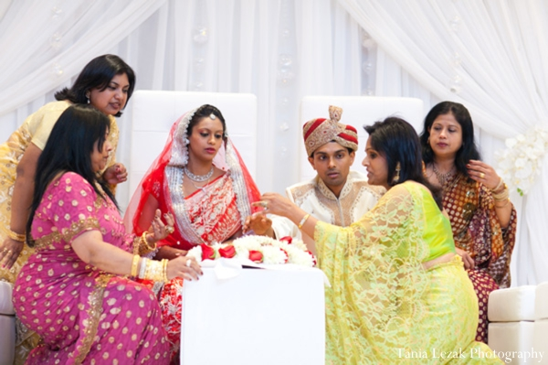Indian-wedding-ceremony-bride-groom-family-guests-inspiration