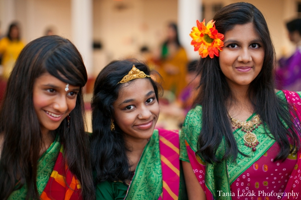 Indian-wedding-gaye-holud-family