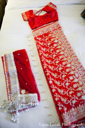 Indian-wedding-getting-ready-lengha