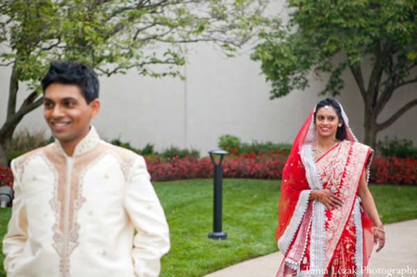 Indian-wedding-portrait-bride-groom-inspiration