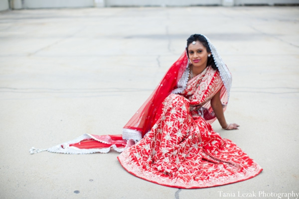 Indian-wedding-portrait-bride-traditional