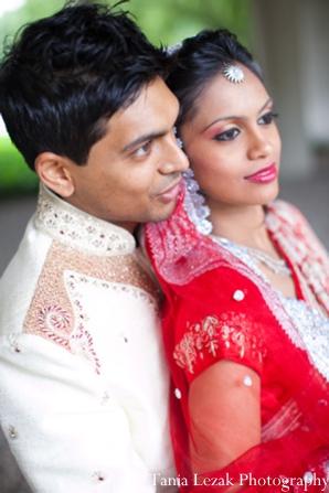 Indian-wedding-portrait-traditional-bride-groom