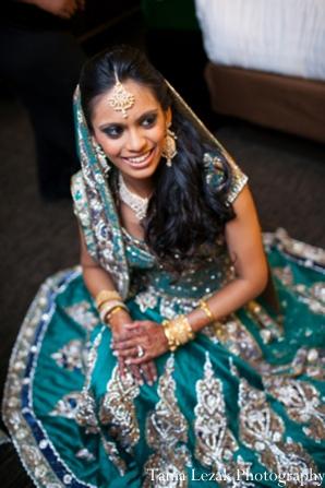 Indian-wedding-reception-bride-lengha
