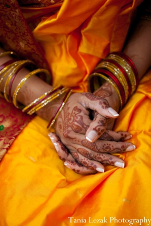 Indian-wedding-reception-bride-mehndi