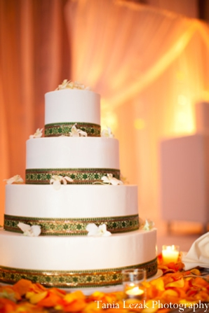 Indian-wedding-reception-cake