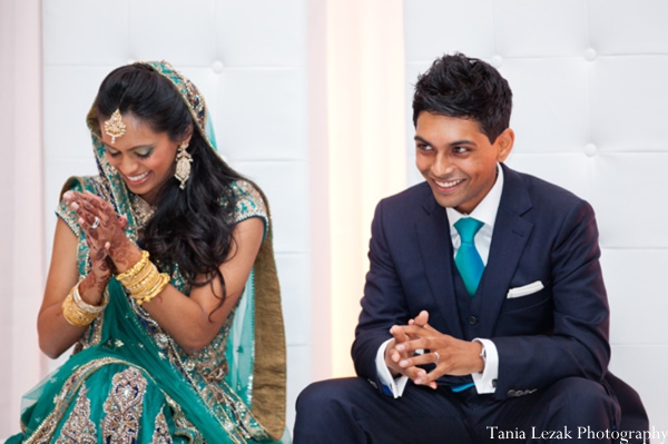 Indian-wedding-reception-groom-bride