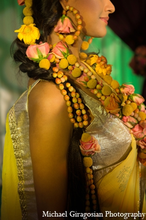 Contemporary-indian-bridal-jewelry in tAnirika by Suhaag Garden: Extraordinary Floral Jewelry