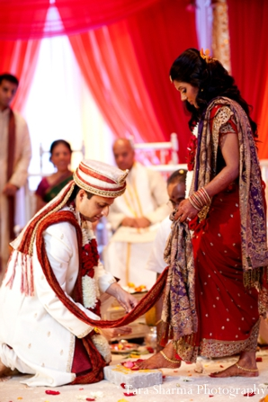 red,ceremony,indian wedding ceremony,customs and rituals,traditional wedding ceremony,ceremony traditions,Tara Sharma Photography