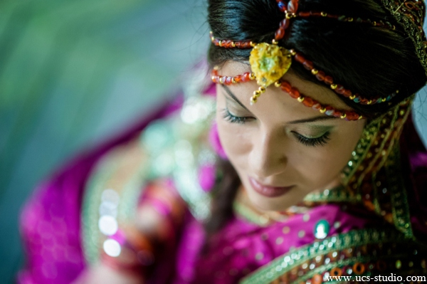 Indian-wedding-bride-gaye-holud-tradtional-colorful