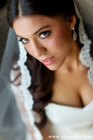 Indian-wedding-ceremony-bridal-portrait-fusion