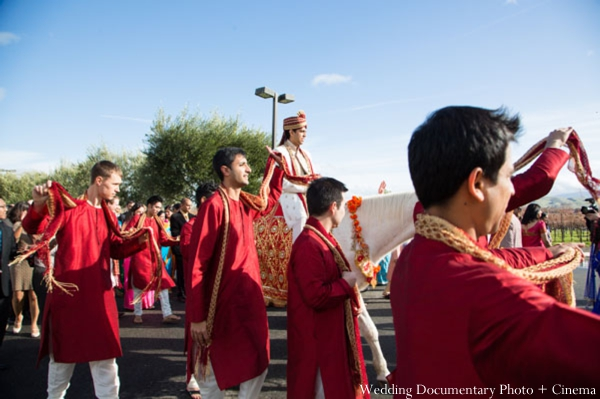 Indian-wedding-baraat-groomsmen-groom