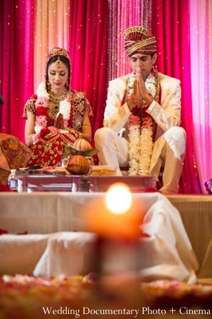 Indian-wedding-ceremony-bride-groom-rituals-lighting