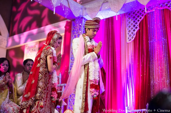 Indian-wedding-ceremony-customs-bride-groom-lighting