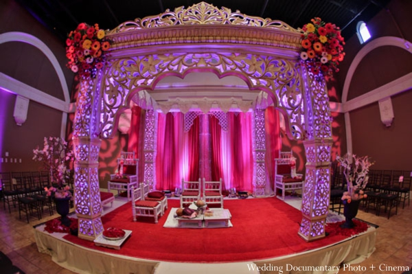 Indian-wedding-ceremony-mandap-lighting