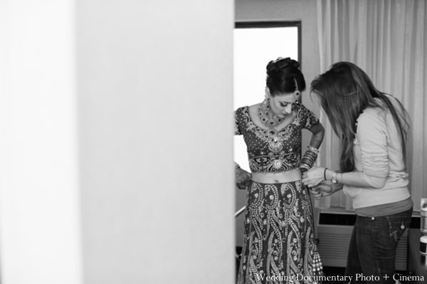 Indian-wedding-getting-ready-black-white-bride
