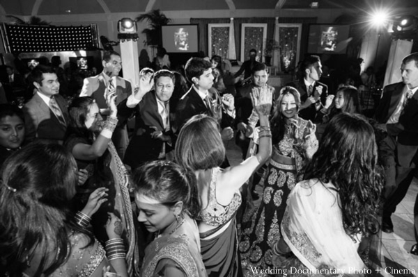 Indian-wedding-reception-guests-black-white