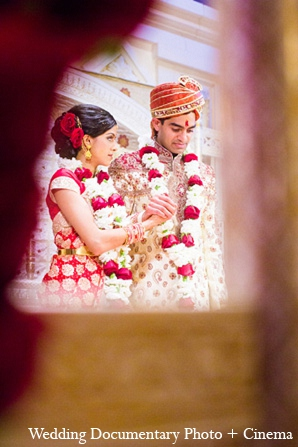 Wedding Documentary Photo + Cinema,traditional indian wedding dress,traditional indian wedding,indian wedding traditions,indian wedding traditions and customs,traditional hindu wedding,indian wedding tradition,indian wedding mandap,traditional indian ceremony,traditional hindu ceremony,hindu wedding ceremony
