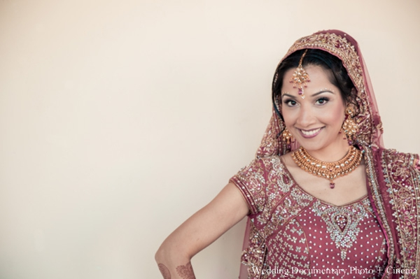 Indian-wedding-bridal-portrait-tradtional-dress