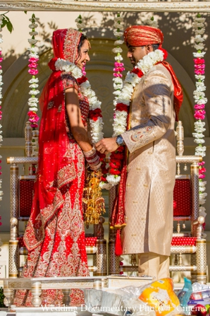 Indian-wedding-bride-groom-in-the-mandap