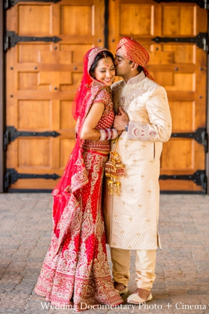 Indian-wedding-bride-groom-portrait-kissing