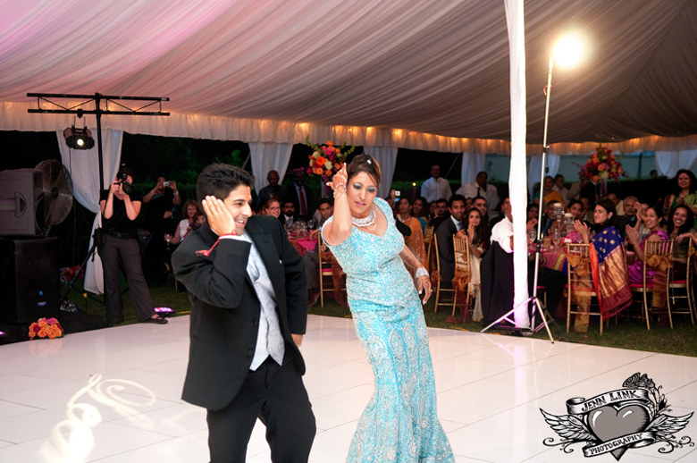 Indian wedding blog, dancefloor copy