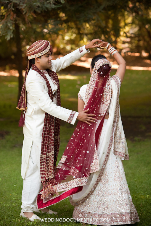 Indian wedding blog, bride and groom dancing