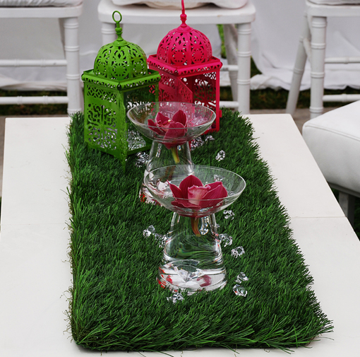 Indian wedding green and pink centerpiece laterns