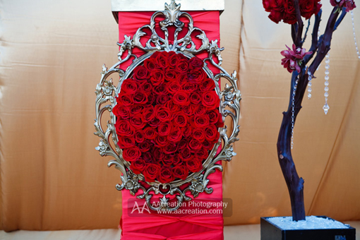 Red modern indian wedding, decor 2