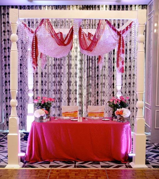 Indian fusion wedding, sweetheart table, 1