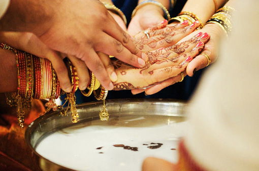 South indian wedding hands