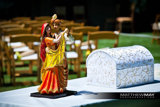 Indian wedding cake topper 1