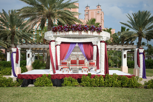 Indian wedding, outdoor mandap, atlantis hotel