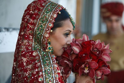 Red modern indian wedding, decor 3