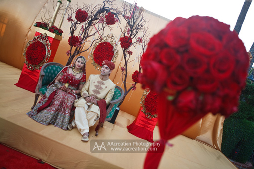 Red modern indian wedding, decor 1