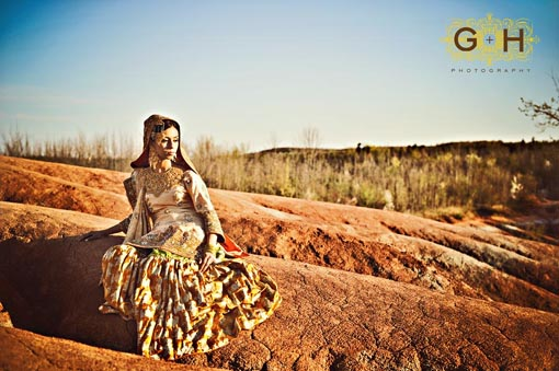 Indian wedding, bride gold lengha