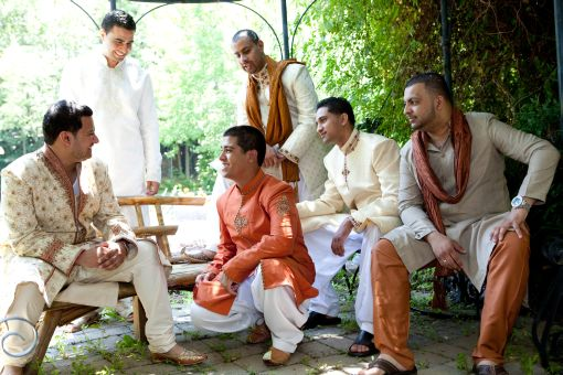 Indian-wedding-groomsman