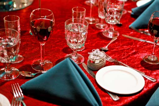 Indian-wedding-reception-blue-and-red