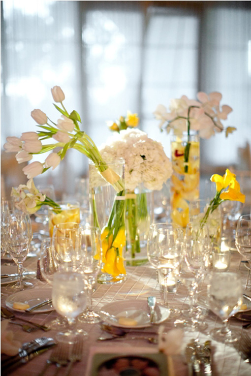 Indian-wedding-yellow-white-reception-decor