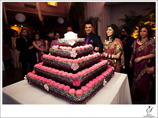 Indian-wedding-reception-cupcake-tower-2