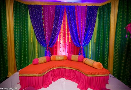 Indian-wedding-mehndi-decor-ideas-3