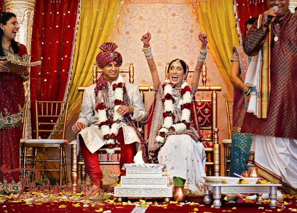 Reception Ceremony In Hindi: Hindu Wedding Ceremony By Photographick Studios