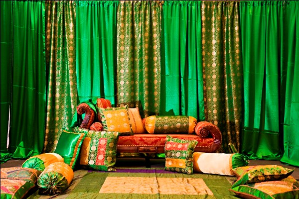 Green and Gold Themed Mehndi from Chicago | Maharani Weddings