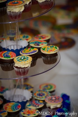 Mehndi party cupcake food ideas.
