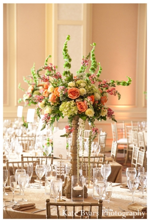 Indian wedding decor ideas for tablesetting and floral centerpieces.